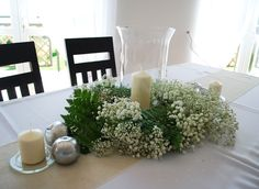 #decoratoriastudio #whitegreenwedding #naturalwedding #rusticwedding #tableweddingcomposition #tablewreath