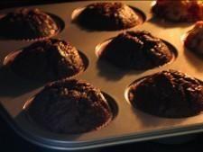 Mufinki czekoladowe Food And Drink, Sweets, Breakfast, Recipes, Chocolates, Morning Coffee, Gummi Candy, Candy, Recipies