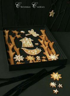 Cute festive cookies by Caroline Swift. Christmas Cover, Christmas Brunch, Christmas Treats, Christmas Baking, Holiday Treats, Iced Cookies, Royal Icing Cookies, Holiday Cookies, Woodland Christmas