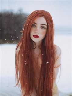 Are you dreaming of having lush long hair but are not sure how to get it? Luckily, there are inexpensive and natur… Beautiful Red Hair, Beautiful Redhead, Straight Hairstyles, Girl Hairstyles, Red Hair Woman, Reddish Brown Hair, Red Hair Pale Skin, Girls With Red Hair, Hair Girls