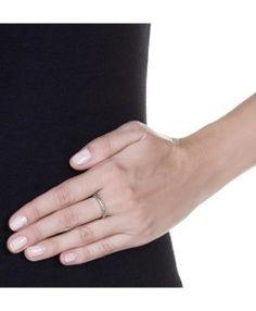 aliancinha fina de zirconias prata semijoia https://www.waufen.com.br/semijoias/brinco-luxo-zirconias-cristais-e-turmalina-semi-joia/