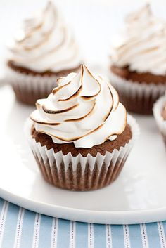 Brownie Cupcakes with Marshmallow Frosting #cupcake #recipe