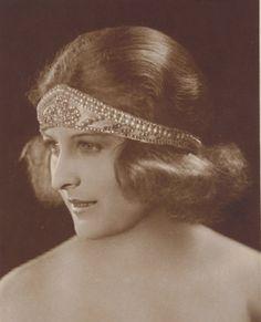 German silent star--Lee Parry 1928