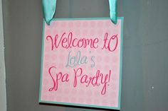 Nini-- lots of cute ideas here- pretty much a walk-through of the party Live Smile Celebrate: Lola's Spa Party! Spa Sleepover Party, Kinder Spa Party, Spa Day Party, Girl Spa Party, Spa Birthday Parties, Slumber Parties, Birthday Fun, Salon Party, Teen Parties