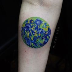 Floral green and blue circle tattoo inked on the forearm by KSU Arrow Rose Rib Tattoos, Iris Tattoo, Tattoo On, Arrow Tattoos, New Tattoos, Tatoos, Picture Tattoos, Tattoo Photos, Van Gogh Tattoo