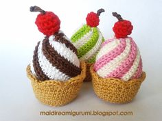 Crocheted Cupcake - Tutorial in Spanish ❥ (translation needed) #crochet #cupcake