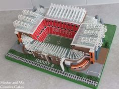 Old Trafford Stadium by Mother and Me Creative Cakes Manchester United Stadium, Manchester United Old Trafford, Manchester City, Beautiful Cakes, Amazing Cakes, Gravity Defying Cake, Football Stadiums, Cakes For Men, Pastry Cake
