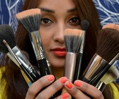The Skinny on Makeup Brushes #xovain