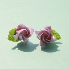 How to make a lovely origami rose paper flower ...Easy Origami Rose