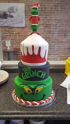 best service 8adde 79504 24 Best GRINCH CAKE images | Grinch cake, Grinch christmas ...