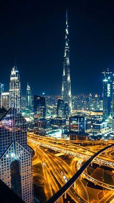 Photos of Dubai that will inspire you to visit one of the most fascinating countries in the world. Dubai is a city full of vibrance and awe. Dubai City, Dubai Mall, Dubai Trip, Shangri La Dubai, Hotel Sunset, Dubai Holidays, Great Buildings And Structures, Modern Buildings, Dubai Desert