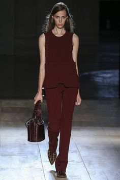 See the entire Victoria Beckham Spring 2015 collection on Vogue.com.