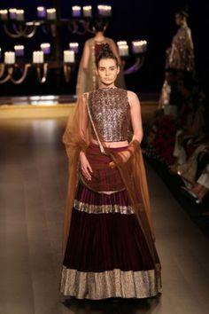 Manish Malhotra. ICW 14'. Indian Couture.