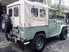 Sage Green fJ40 Soft Top Restoration