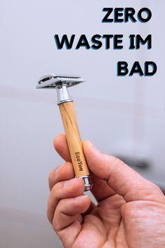 Wie du im    Badezimmer plastikfrei wirst und dort weniger Müll produzierst lernst du    hier. Abschminken ohne Müll und ohne Plastik geht einfach mit    wiederverwendbaren Wattepads. Menstruationstassen sind nach unserer    Erfahrung ebenfalls optimal. Naturseife für Körper und Haare zu kaufen    ist der nächste Schritt. Klicke jetzt für noch mehr Tipps. #müllfrei #plastikfreiesbadezimmer #wenigermüll #plastikfrei