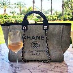 Chanel Deauville bag & a glass of Cotes de Provence rose in the sun in Dubai @annabel_in_london