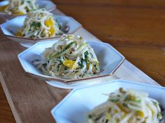 moyashi salad Bean Sprout Salad, Bean Sprout Recipes, Sprouts Salad, Bean Sprouts, The Dish, Cucumber, Main Dishes, Beans, Appetizers