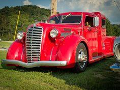 250 best diamond t images in 2019 classic pickup trucks vintage rh pinterest com