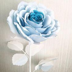 В нашей студии бумажного декора появляются новые весенние цветы ,поэтому мы освобождаем место хранения и продаем наши уже готовые работы,например,как это роза ,её стоимость 1000 р. Прекрасное дополнение к подарку на 8 марта. А возможно,именно она впишется в интерьер Вашей детской комнаты и станет сюрпризом для вашей принцессы !
