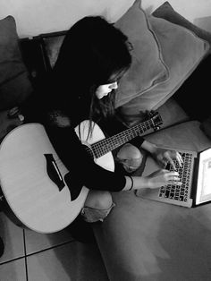 Writing a song Camilla, Fangirl, Fifth Harmony Camren, Guess Girl, Loreal Paris, Beauty Queens, Woman Crush, Girl Crushes, Music Artists