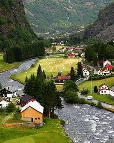 bluepueblo:  River Valley, Flam, Norway photo via cinda