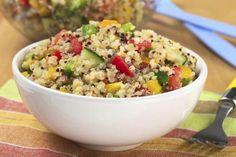 Quinoa is a tiny super food that's packed with protein! Try these new recipes to get your daily quota of quinoa. These recipes look so good, can't seem to find quinoa in the grocery store. Mango Quinoa Salad, Lime Quinoa, Quinoa Benefits, Health Benefits, Health Tips, Health Care, Clean Eating, Healthy Eating, Healthy Lunches