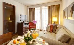 Etoile Hotels Itaim - L'hôtel 5 étoiles non-fumeurs Etoile Hotels Itaim propose des suites confortables et spacieuses, d'une superficie allant de 60 à 80 m². Adresse Etoile Hotels Itaim: Rua Pedroso Alvarenga, 610 04531-001 São Paulo (São Paulo)