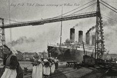 (marzo 1912) última imagen conocida del Titanic entrando a la Ría con la ayuda de las heroicas sirgueras.