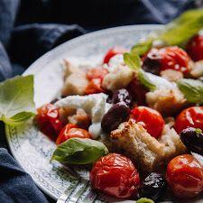 Ylistys keväälle - varhaiskaalisalaatti | Kokit ja Potit -ruokablogi Kung Pao Chicken, Ethnic Recipes, Food, Eten, Meals, Diet
