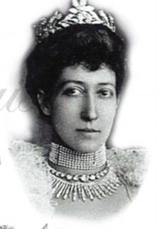 The Myrtle Tiara after its leaf motif worn by Lady Mary on her wedding day, was a gift from the Sassoon family to HRH Princess Louise, the Princess Royal, eldest daughter of King Edward VII, on her marriage to the 6th Earl Fife in 1889
