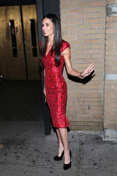 Demi Moore wears wedding ring at Margin Call movie premiere