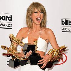 18.05 Taylor Swift est repartie lundi matin des Billboard Music Awards avec huit prix, dont celui du meilleur artiste. Elle a profité de la cérémonie à Las Vegas pour dévoiler son dernier clip.Photo: AFP/Robyn Beck