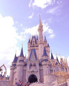 Disney World Castle, Disney World Vacation, Disney Trips, Walt Disney World Orlando, Disney Parks, Disney Pixar, Park Pictures, Disney Pictures, Disney Universal Studios