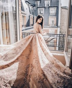 Freya Gong wearing Zuhair Murad Haute Couture by Alden Chenyin Gala Dresses, Evening Dresses, Formal Dresses, Couture Dresses, Stunning Dresses, Beautiful Gowns, Bridal Gowns, Wedding Gowns, Gown Pattern
