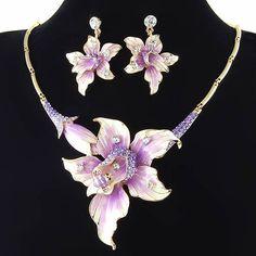 In Der GüNstigste Preis Schmuck Sets Für Frauen Gold Farbe Hochzeit Bridal Zubehör Halskette Ohrringe Set Mode Kristall Anhänger Kostüm Modischer Stil;