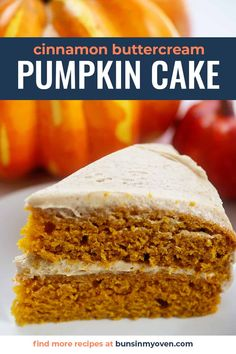 Moist pumpkin cake topped off with a cinnamon buttercream! This frosting is so good, you'll want to it eat by the spoonful! #cake #pumpkin Fall Desserts, Just Desserts, Delicious Desserts, Dessert Recipes, Yummy Food, Dinner Recipes, Pumpkin Crunch Cake, Pumpkin Dessert, Pumpkin Cakes