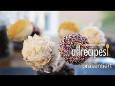 Video für Cake Pops aus Cheesecake - das Rezept gibts auf Allrecipes Deutschland http://de.allrecipes.com/rezept/9614/cake-pops-aus-cheesecake.aspx