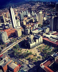 Medellín - Downtown Places Ive Been, Paris Skyline, City Photo, Times Square, Arch, Public, Landscape, Travel, Beautiful