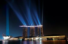 http://www.pondly.com/2011/09/marina-bay-sands-resort-hotel-in-singapore/