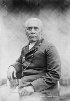 Samoan Paramount chief Mataafa Iosefo, 1896  His father was Malietoa Tafagamanu. He was married to Masiofo Pio and had a son Tuimavave Ioane.