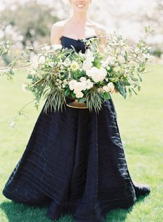 Garden lovely and sophisticated elegance: http://www.stylemepretty.com/2015/06/24/garden-inspired-summer-brunch-wedding-at-camp-lucy/ | Photography: Mint Photography - http://mymintphotography.com/