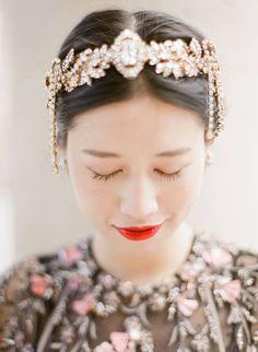 Indonesian Inspired Pre-Wedding Photo Shoot   Paris   Gallery Image 2 via Cicilux