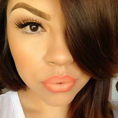 love the ombre lipstick!