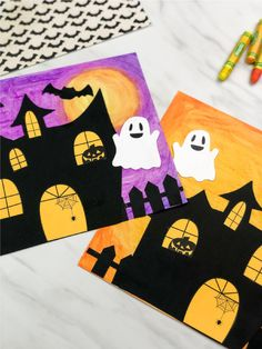 Oil Pastel Haunted House Craft For Kids This haunted house craft is a fun and easy elementary art project to do in the classroom. Kids will love using oil pastels to make this fun craft. Halloween Kunst, Halloween Art Projects, Halloween Arts And Crafts, Fall Art Projects, Halloween Crafts For Toddlers, Fall Crafts For Kids, Art For Kids, Halloween Prop, Halloween Witches