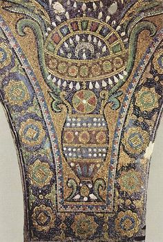 Islamic mosaics inside the Dome of the Rock in Palestine (c. 690)