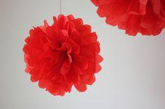 DIY - pompoms for 17 of may. Diy, Design, Home Decor, Decoration Home, Bricolage, Room Decor, Do It Yourself, Home Interior Design
