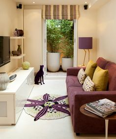Small Apartments Living Room Design With Colourful Funky Classic ...