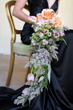 15 Cascading Bouquets | by Catherine Mac and Fleur Le Cordeur via Swooned