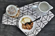 Kitchen story   Dom�c� o�echov� granola   http://www.kitchenstory.cz