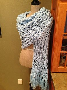 Free Pattern: Mock Cable Rib Stitch Prayer Shawl by Louis Chicquette